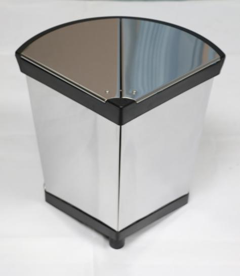 高档垃圾桶年底低价清仓出售 酒店政府公众场合专用