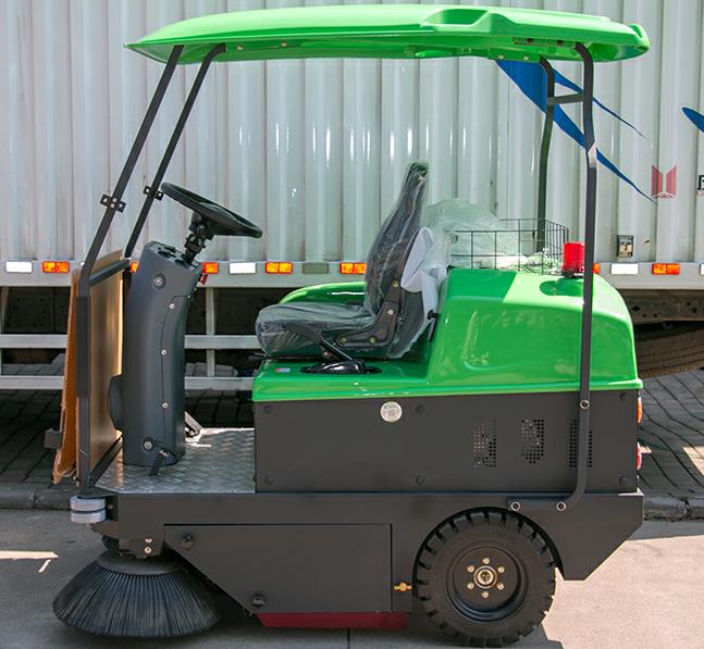 驾驶式扫地机只能清扫路面?